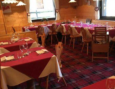 ristorante-gressoney-saint-jean-gran-baita-sala2