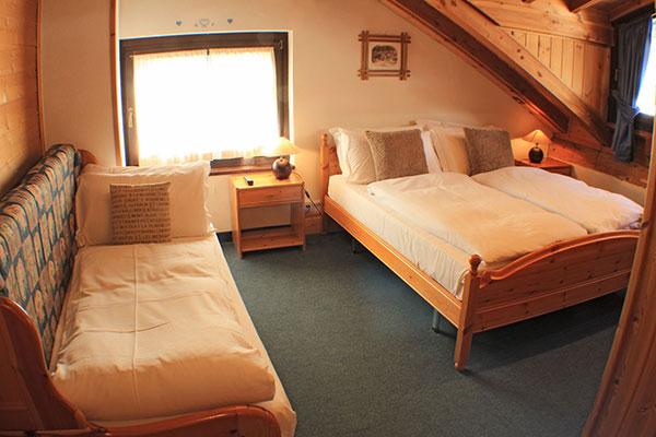 1_Hotel-Gran-Baita-Gressoney-Hotel-Camere-Family-Letti