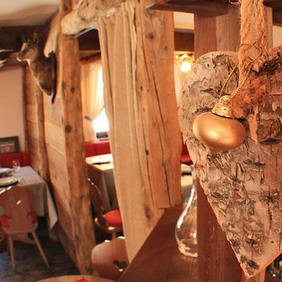Hotel-Gran-Baita–Ristorante-Gressoney-Restaurant-Bar-dettaglio_AMBIENTE_HB